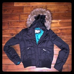 Women's Black Puffer Jacket w Fur Hood Sz. Medium